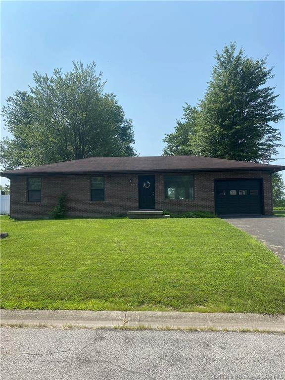 1217 Kristopher Avenue, Scottsburg, IN 47170 (#202109515) :: Impact Homes Group