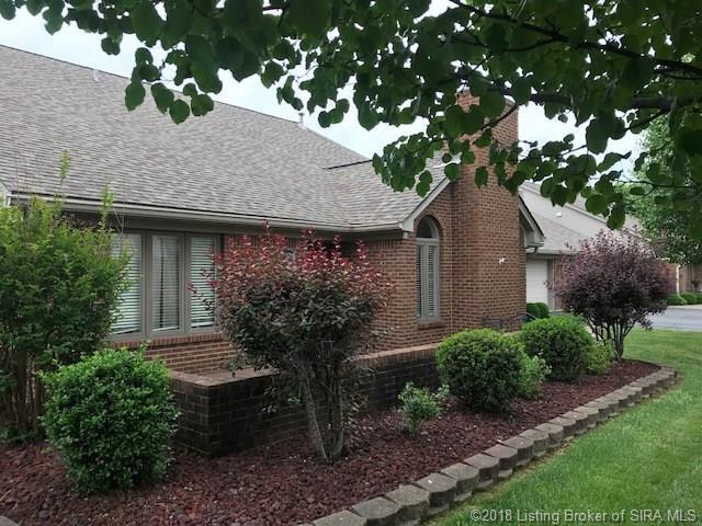 3204 Autumn Green Way, Jeffersonville, IN 47130 (#201805207) :: The Stiller Group