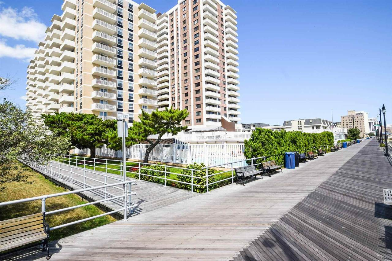 101 Plaza - Photo 1