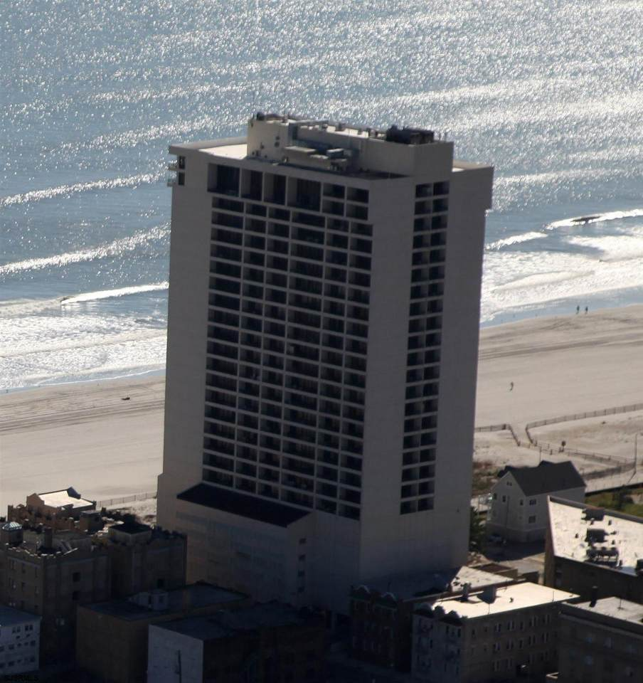 3851 Boardwalk - Photo 1