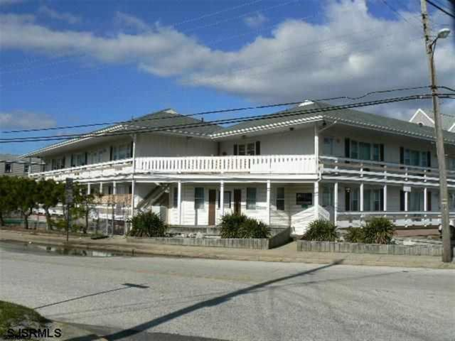 1203-7 E Beach Ave #11, Brigantine, NJ 08203 (MLS #499635) :: The Ferzoco Group