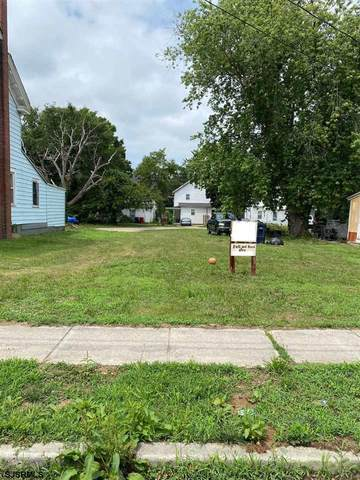 84 Pine, Bridgeton, NJ 08302 (MLS #538919) :: Gary Simmens