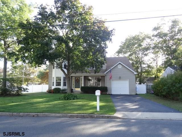 1127 Steamer Ave, Manahawkin, NJ 08050 (MLS #496055) :: The Ferzoco Group