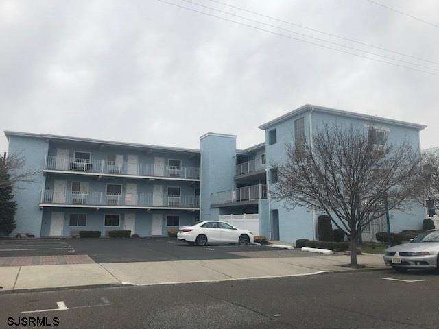1110 Wesley #200, Ocean City, NJ 08226 (MLS #503437) :: The Ferzoco Group