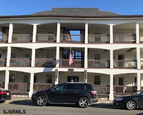 5605 Seaview H, Wildwood Crest, NJ 08260 (MLS #509389) :: The Ferzoco Group