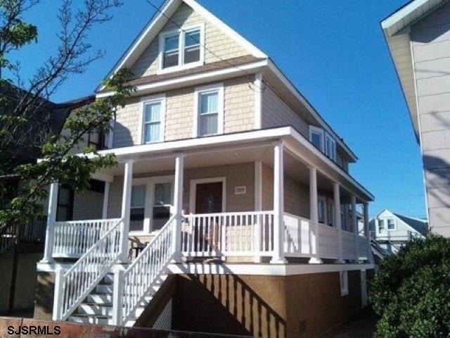 209 W Maple, Wildwood, NJ 08260 (MLS #510391) :: The Ferzoco Group