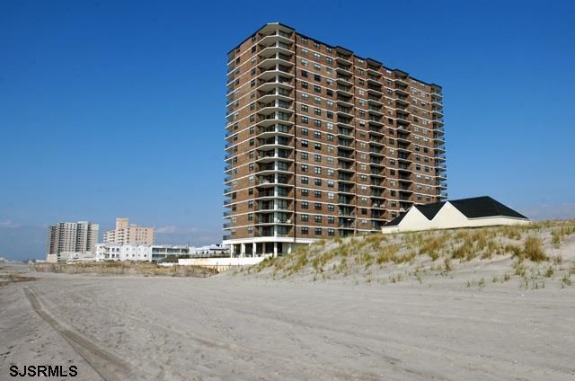 9100 Beach #405 #405, Margate, NJ 08402 (MLS #511587) :: The Ferzoco Group