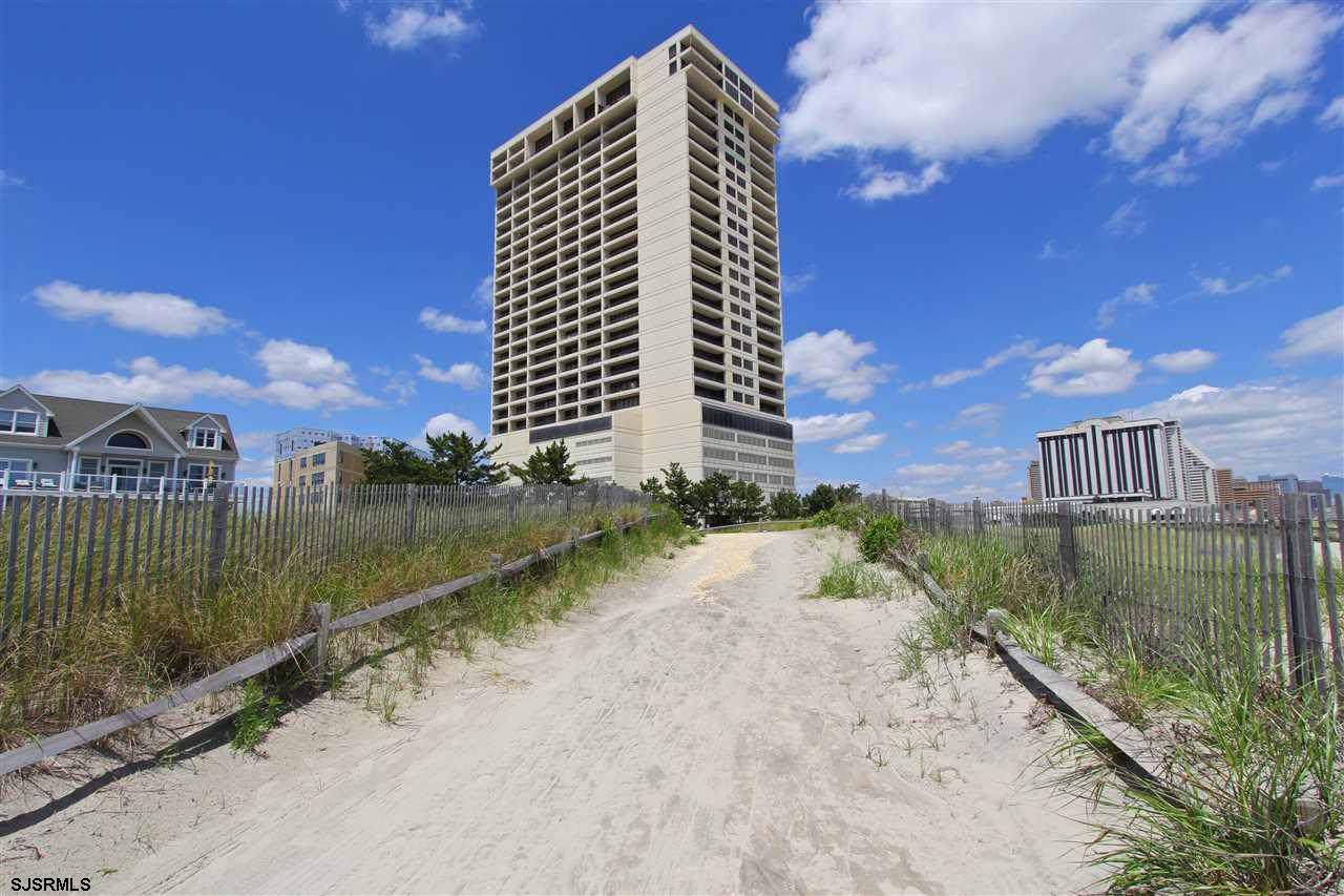 3851 Boardwalk # 2510 - Photo 1