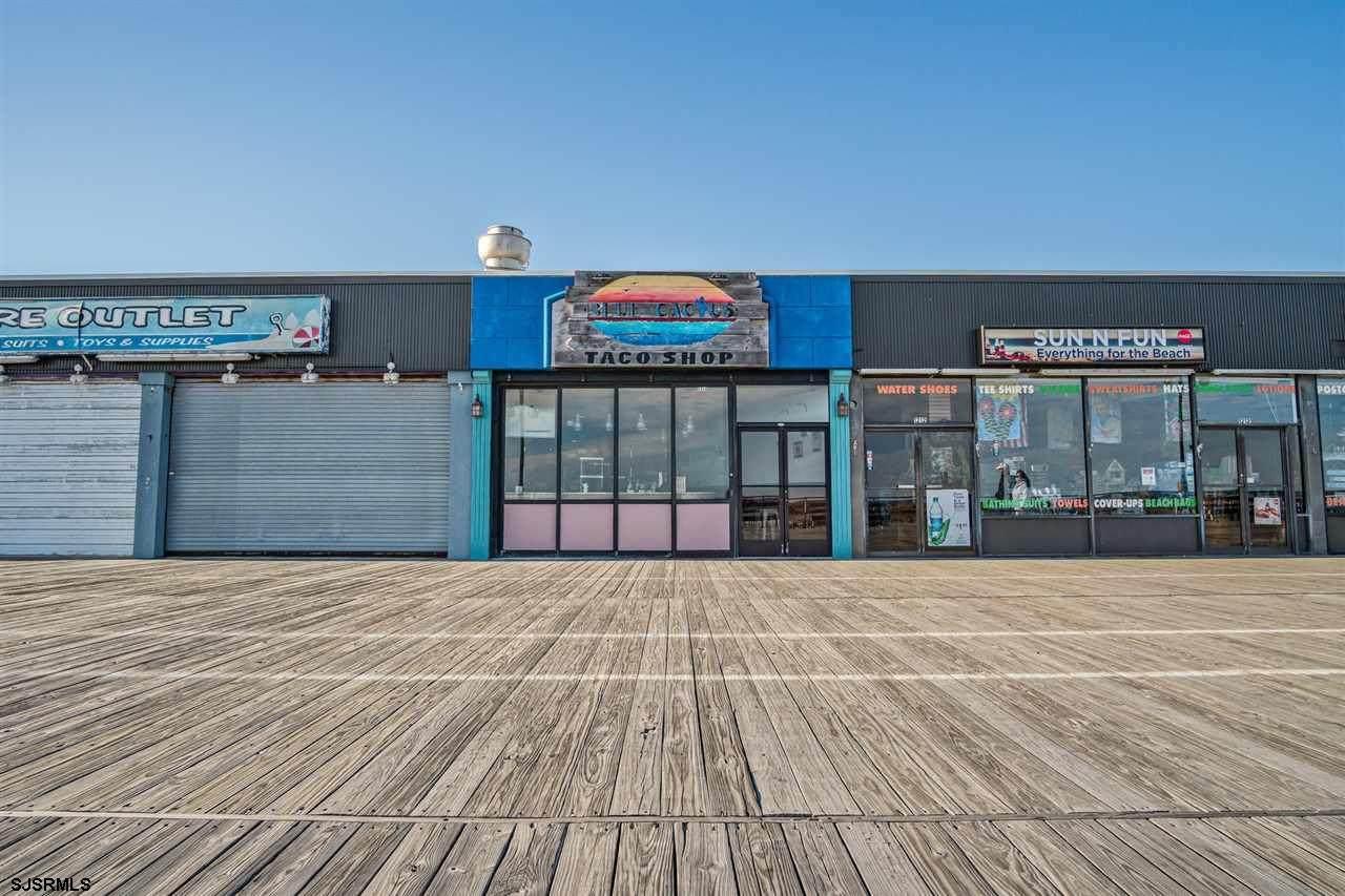 1214 Boardwalk - Photo 1