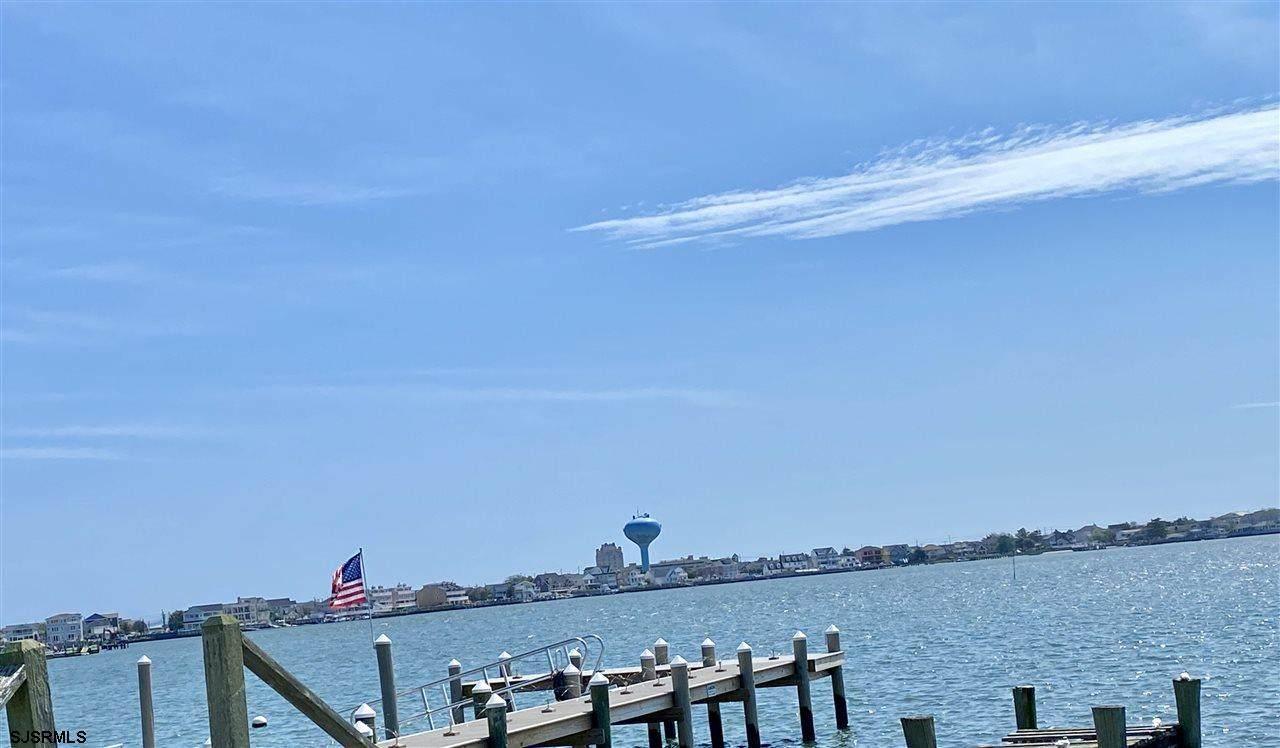 558 Shore - Photo 1