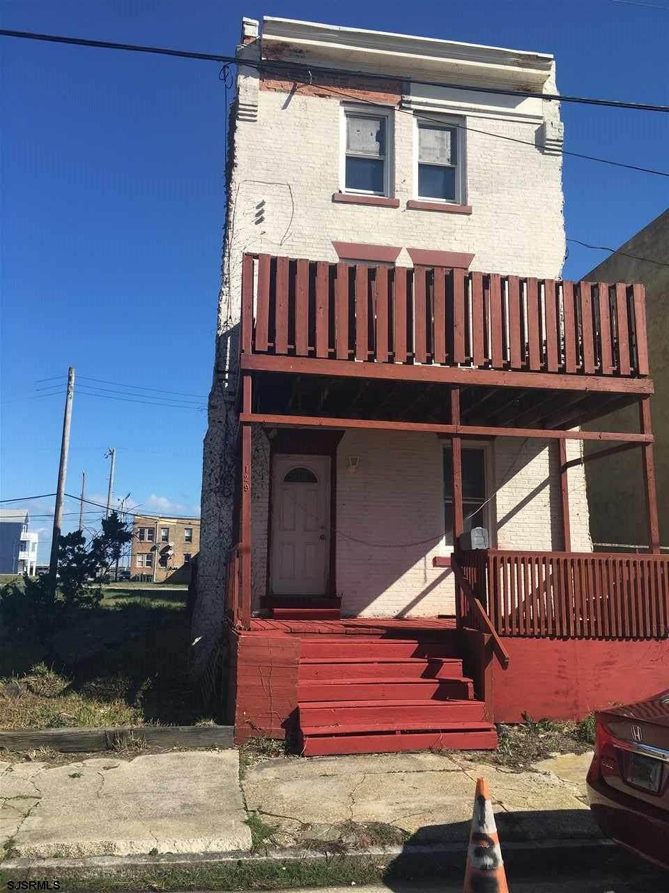 129 Seaside Ave - Photo 1