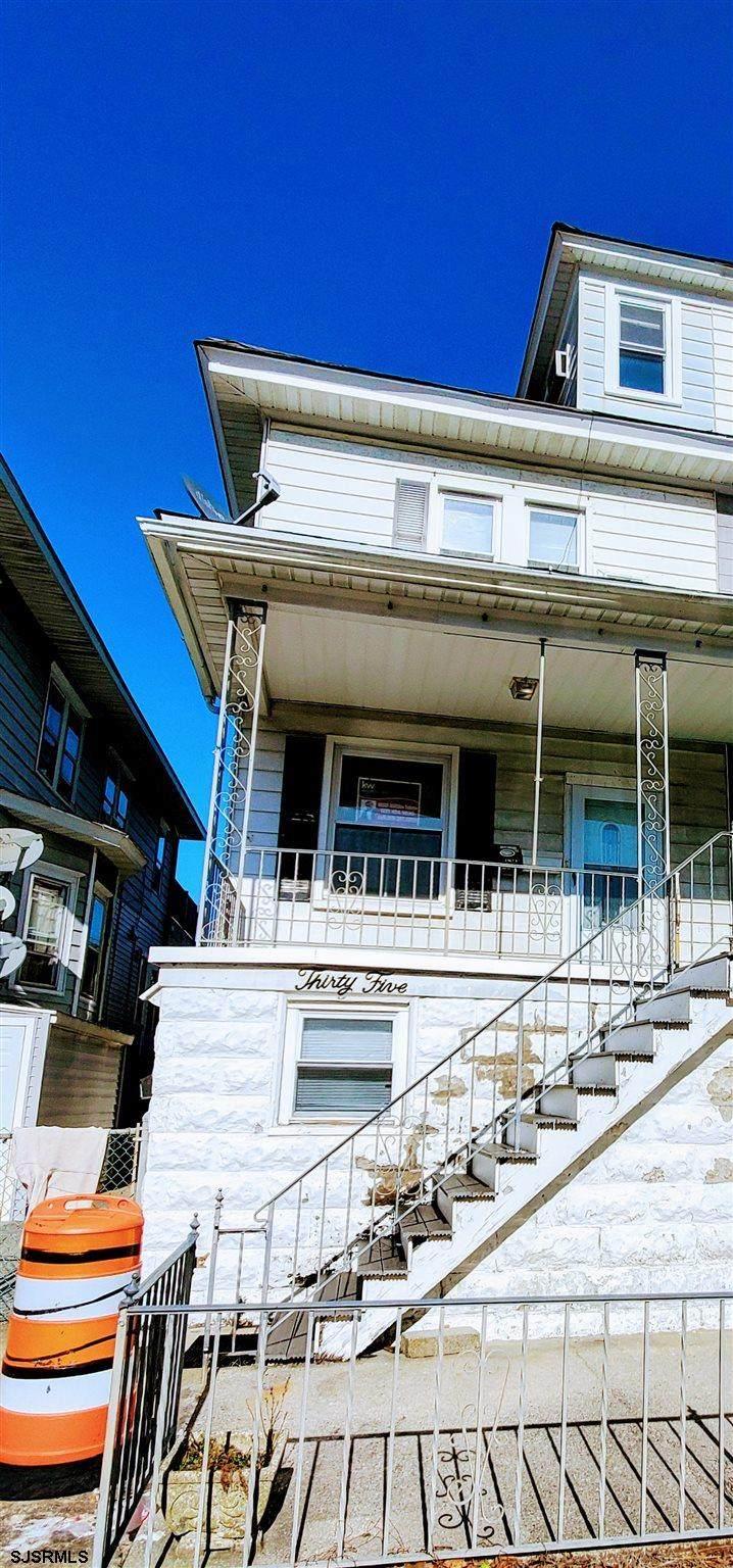 35 Windsor Ave - Photo 1