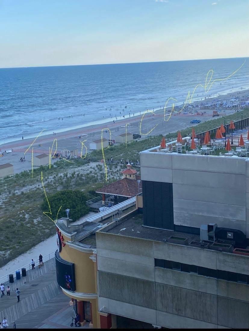 2715 Boardwalk - Photo 1