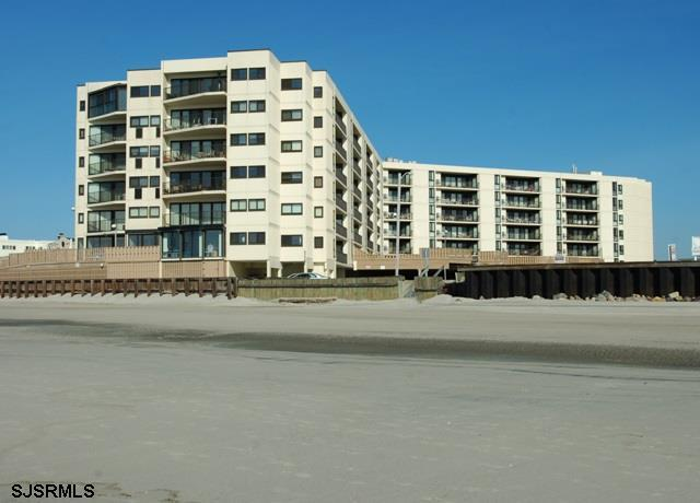 2700 Atlantic #201, Longport, NJ 08403 (MLS #492399) :: The Ferzoco Group