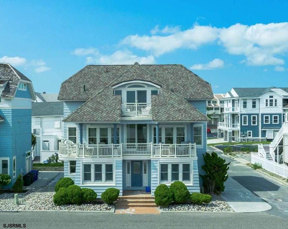 1503 Beach Terrace - Photo 1