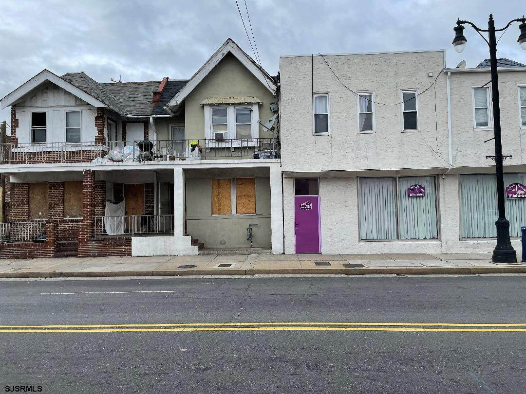 2607 Pacific Ave - Photo 1