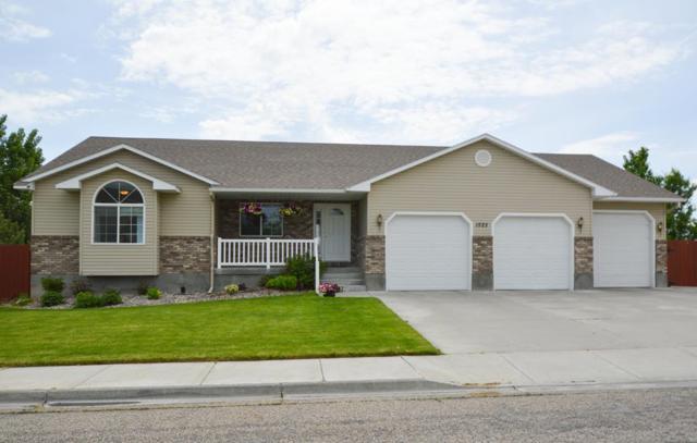 1525 Blue Ridge Circle, Idaho Falls, ID 83402 (MLS #2114817) :: The Perfect Home-Five Doors