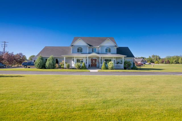 146 W 210 N, Blackfoot, ID 83221 (MLS #2116011) :: The Perfect Home-Five Doors