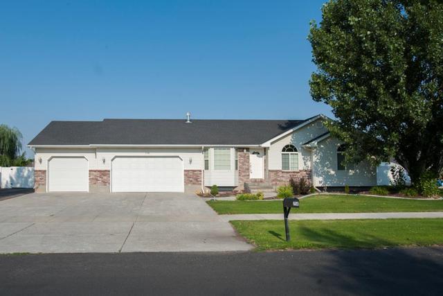 758 Barn Wood Drive, Idaho Falls, ID 83406 (MLS #2116810) :: The Perfect Home-Five Doors