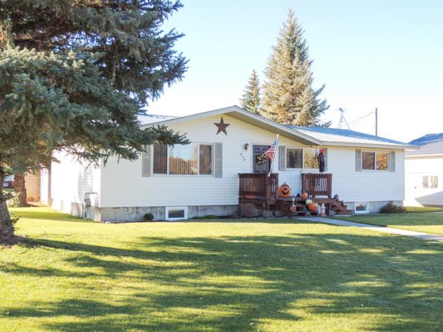 939 S 3rd E, St Anthony, ID 83445 (MLS #2118259) :: The Perfect Home-Five Doors