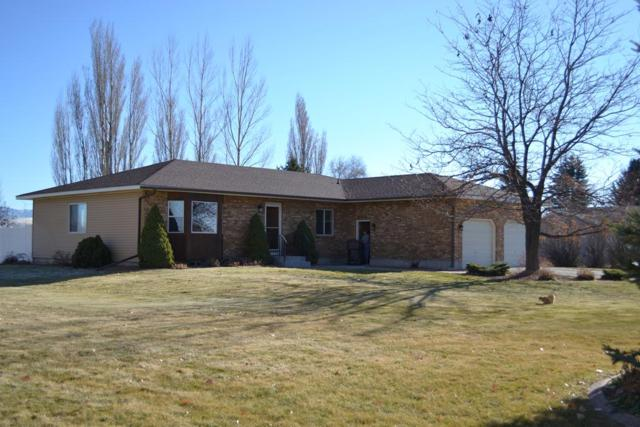 1445 N 1100 E, Shelley, ID 83274 (MLS #2118875) :: The Perfect Home-Five Doors