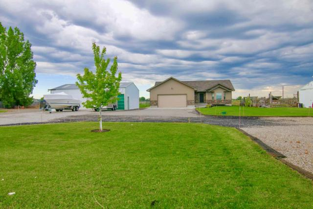 3187 W 2000 S, Rexburg, ID 83440 (MLS #2122540) :: The Group Real Estate
