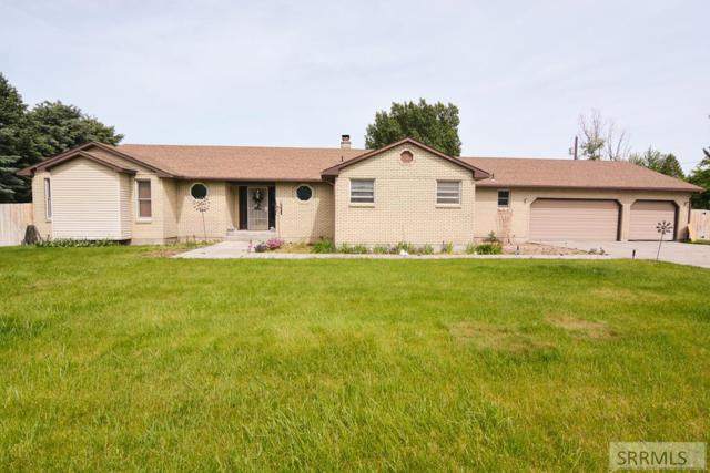 149 N 400 W, Blackfoot, ID 83221 (MLS #2122634) :: The Perfect Home