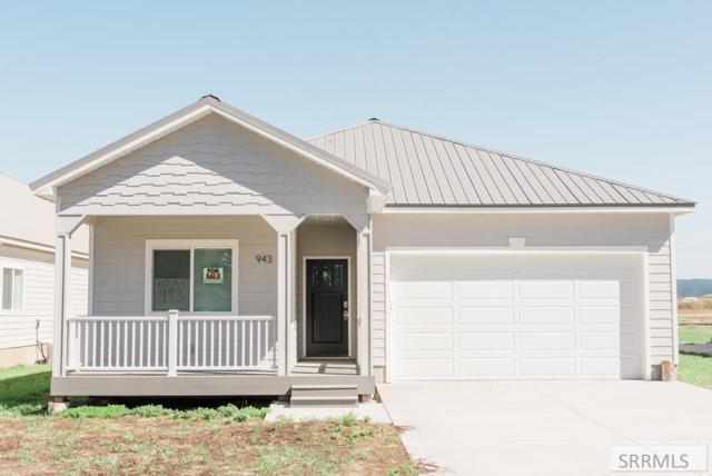 943 Cherry, Ashton, ID 83420 (MLS #2122819) :: Team One Group Real Estate