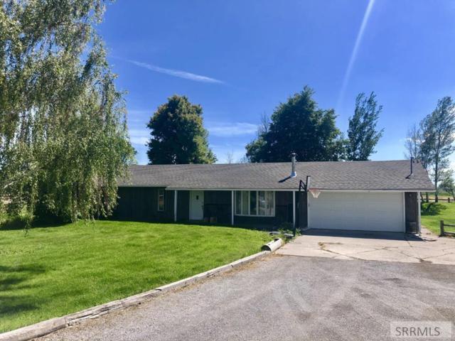 25 W 450 N, Blackfoot, ID 83221 (MLS #2122887) :: The Perfect Home