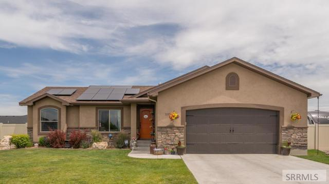 3257 E Edwards Drive, Idaho Falls, ID 83401 (MLS #2123235) :: The Group Real Estate