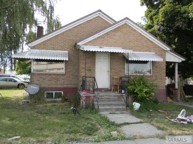 311 N Broadway Street, Blackfoot, ID 83221 (MLS #2123524) :: Team One Group Real Estate