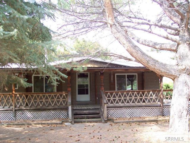 302 W Elkhorn Road #1, Salmon, ID 83467 (MLS #2123726) :: Team One Group Real Estate