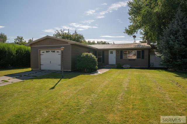 695 Aspen Avenue, Shelley, ID 83274 (MLS #2123761) :: The Perfect Home