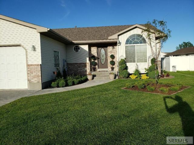3559 Stonegate Drive, Ammon, ID 83406 (MLS #2123912) :: The Perfect Home