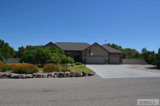 4261 E Blackstone Drive, Rigby, ID 83442 (MLS #2123970) :: The Group Real Estate