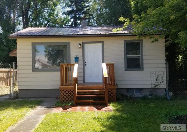 425 W 20th Street, Idaho Falls, ID 83402 (MLS #2124006) :: The Group Real Estate
