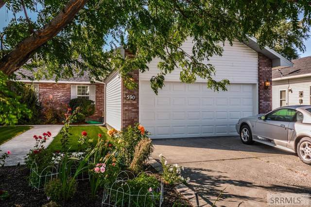 590 Montcliffe Drive, Idaho Falls, ID 83401 (MLS #2125023) :: Silvercreek Realty Group