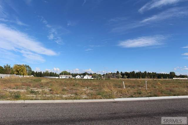 427 Donna Drive, Idaho Falls, ID 83402 (MLS #2125599) :: The Group Real Estate