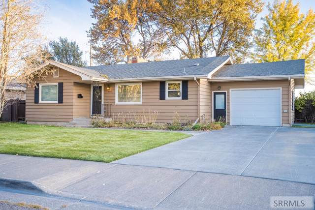 1613 Raymond Drive, Idaho Falls, ID 83402 (MLS #2125658) :: The Perfect Home