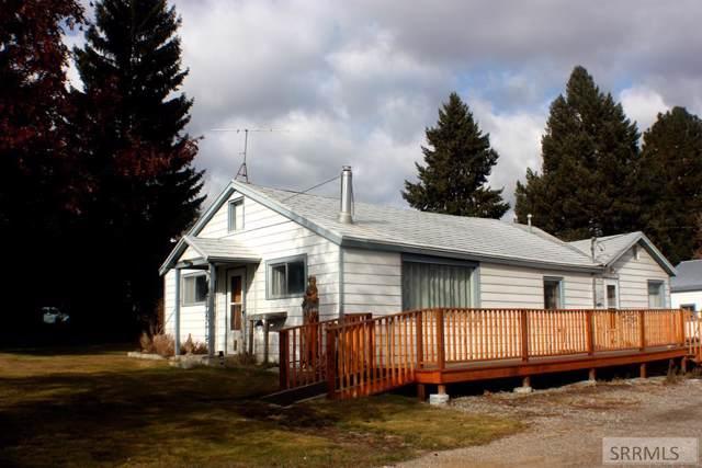 1401 Roosevelt Avenue, Salmon, ID 83467 (MLS #2126131) :: Silvercreek Realty Group