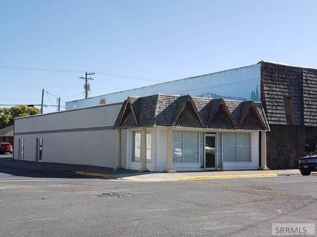 298 N Broadway, Blackfoot, ID 83221 (MLS #2126205) :: The Perfect Home