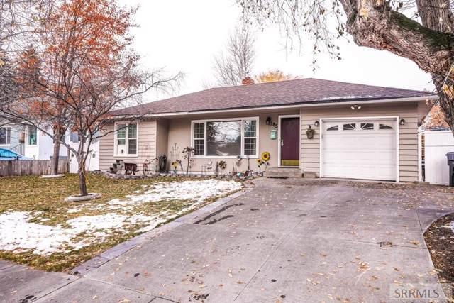 185 E 25th Street, Idaho Falls, ID 83404 (MLS #2126455) :: Team One Group Real Estate