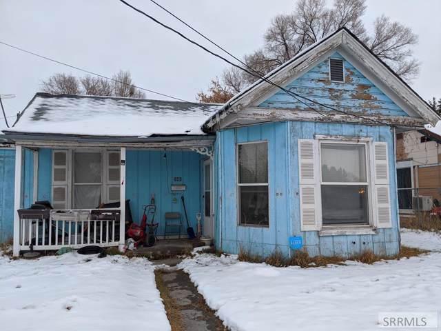 540 N Boulevard, Idaho Falls, ID 83402 (MLS #2126828) :: Team One Group Real Estate