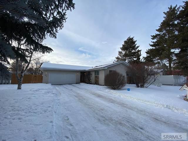 445 Joan Avenue, Idaho Falls, ID 83401 (MLS #2127383) :: Team One Group Real Estate