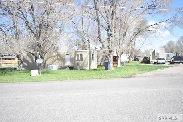 317 E Smith Street, Ririe, ID 83443 (MLS #2127483) :: The Group Real Estate