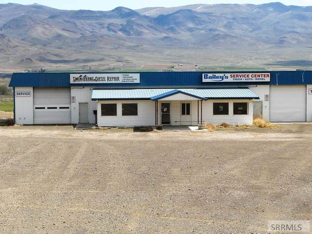 1301 S Hwy 93, Challis, ID 83226 (MLS #2128983) :: Team One Group Real Estate