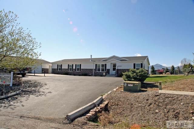 230 Redbird Lane, Challis, ID 83226 (MLS #2128986) :: Team One Group Real Estate