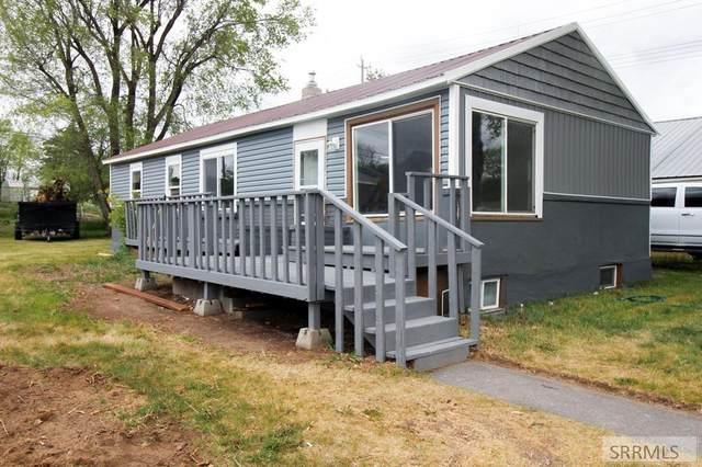1193 Boise Avenue, Idaho Falls, ID 83402 (MLS #2129552) :: Silvercreek Realty Group