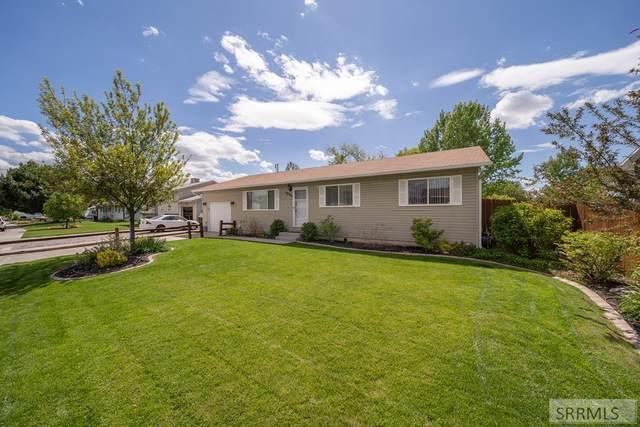 3939 Henderson Lane, Pocatello, ID 83201 (MLS #2129631) :: Team One Group Real Estate