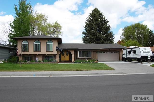 1840 Avalon Street, Idaho Falls, ID 83202 (MLS #2129680) :: Silvercreek Realty Group
